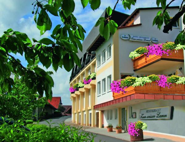 Hotel Pictures: Zum Weissen Lamm, Rothenberg