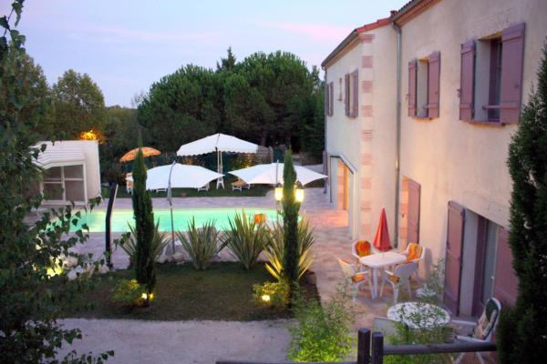 Hotel Pictures: Gîte Mon Village et Vous, Auvillar