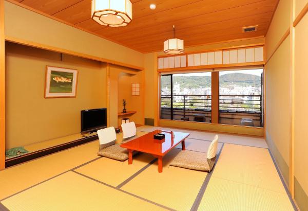 Japanese-Style Triple Room