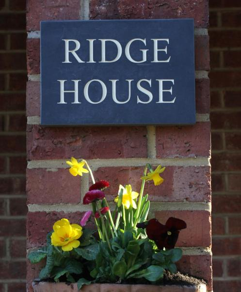 Hotel Pictures: Ridge House Bed and Breakfast, Marlborough