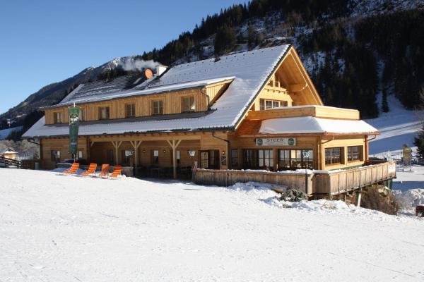 Hotel Pictures: Landhaus Steer, Donnersbachwald