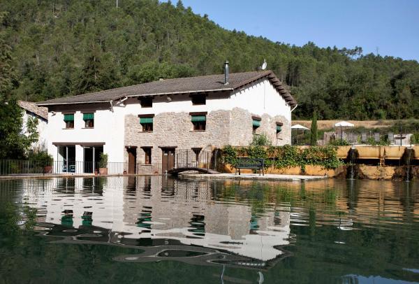 Hotel Pictures: La Casa Dels Peixos, La Baronia de Rialb