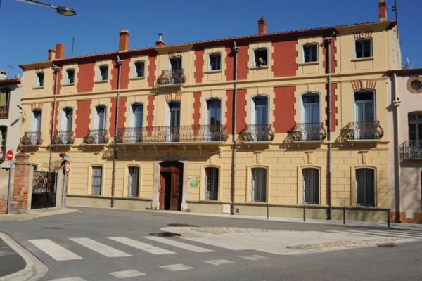 Hotel Pictures: , Ille-sur-Têt