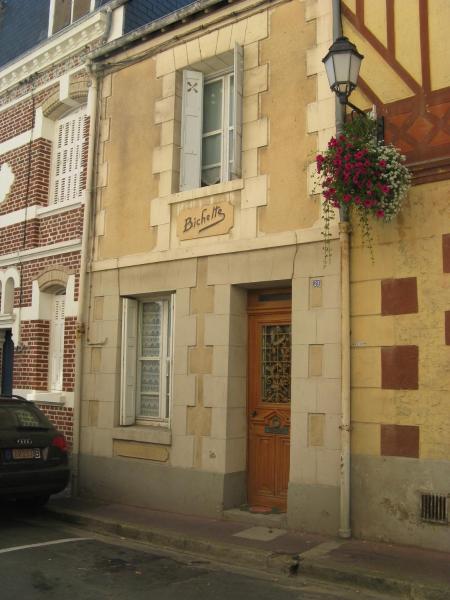 Hotel Pictures: La Bichette, Villerville