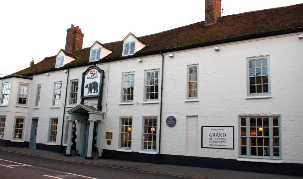 Hotel Pictures: The Bear Hotel, Hungerford