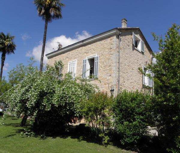 Hotel Pictures: Chambres d'hôtes Bastide Lou Pantail, Grasse