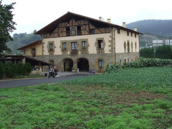 Hotel Pictures: Murueta Baserria, Abadiano Celayeta