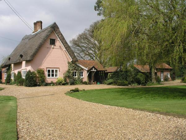 Hotel Pictures: Thatched Farm Bed and Breakfast, Woodbridge