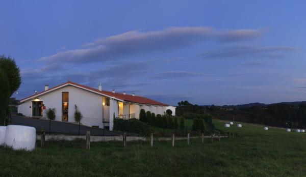 Hotel Pictures: , La Braña