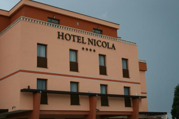 Hotellikuvia: Hotel Nicola, Čitluk