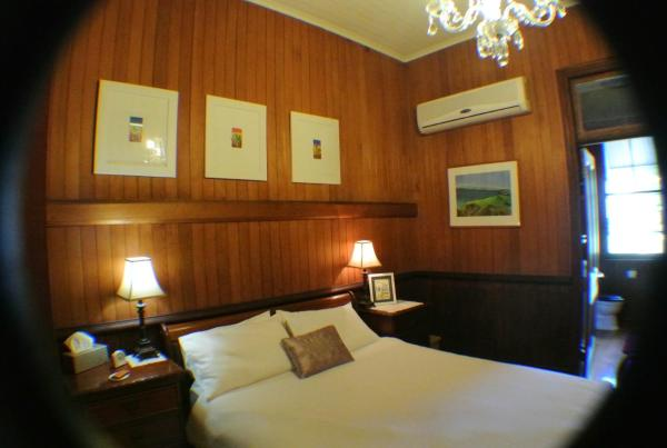 Foto Hotel: Wiss House Bed & Breakfast, Kalbar