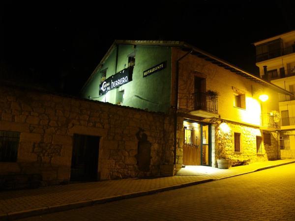Hotel Pictures: La Casona del Herrero, Navaleno