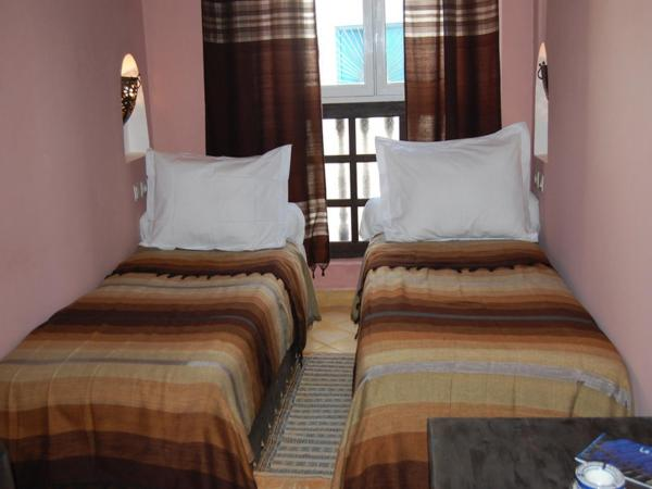 Triple Room with Medina view