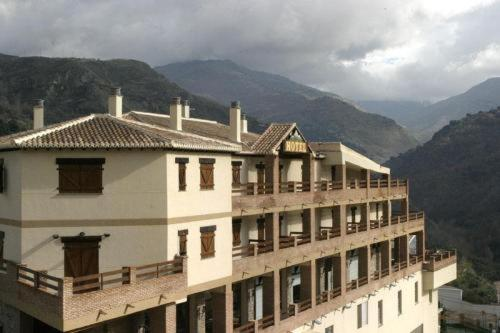 Hotel Pictures: Hotel Rural Mirasierra, Güéjar-Sierra