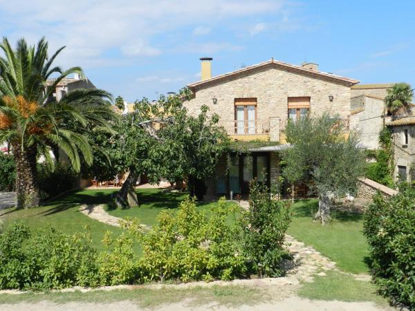 Hotel Pictures: Casa Rural Can Ginesta, Sant Feliu de Boada