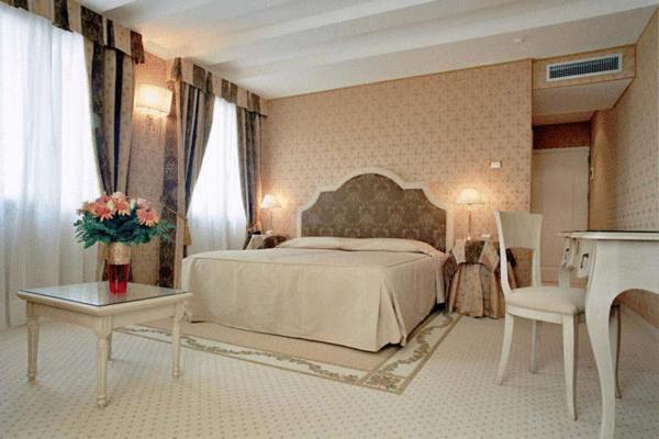 Foto Hotel: Acca Hotel, Venezia