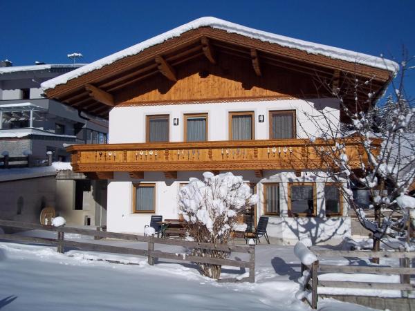 Foto Hotel: Ferienhaus Emberger, Fügenberg
