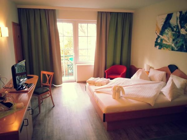 Double Room with Balcony (2 Adults + 2 Children)