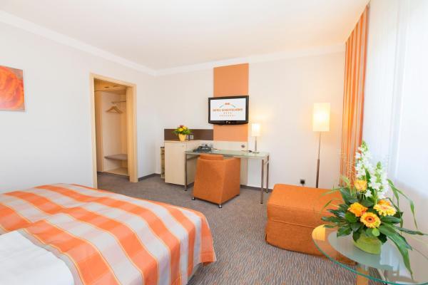Hotel Pictures: Hotel Scheffelhöhe, Bruchsal
