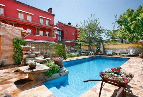 Hotel Pictures: Hotel Rincon de Traspalacio, Robledo de Chavela