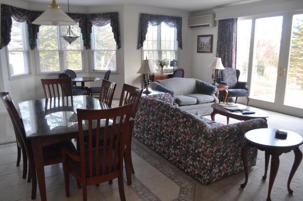 King Suite with Terrace - Pet Friendly