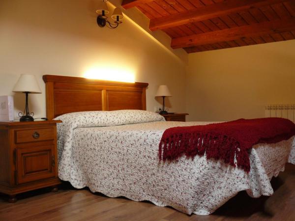 Hotel Pictures: Casa Rural El Rincón de Elena, San Esteban de Gormaz