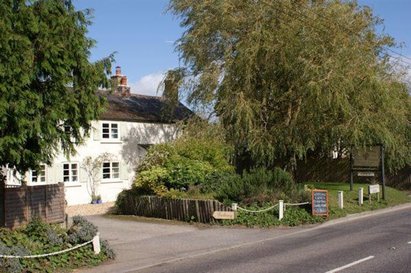 Hotel Pictures: The Willows, Shillingstone