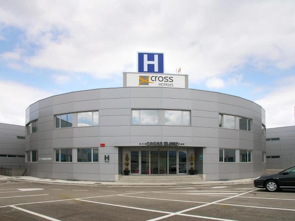 Hotel Pictures: Cross Elorz, Imárcoain