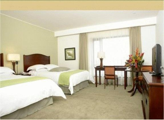 Special Offer - Superior Twin Room with Airport Transfer