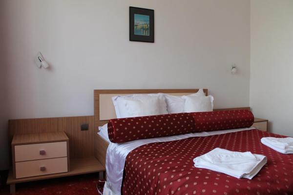 Standard Double Room***