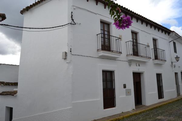 Hotel Pictures: La Casona De Higuera, Higuera de la Sierra