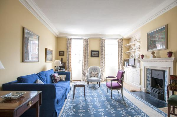 Two-Bedroom Apartment - Kensington Church Street