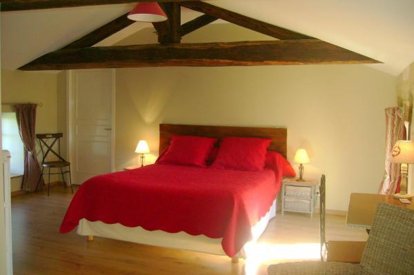 Hotel Pictures: , Saint-Hilaire-des-Loges