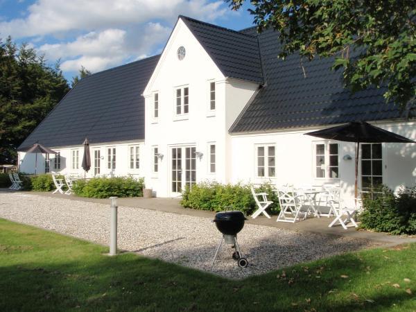 Hotel Pictures: Svendlundgaard Apartments, Herning