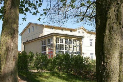 Hotel Pictures: Ferienhaus Ostseeblick Lauterbach, Lauterbach