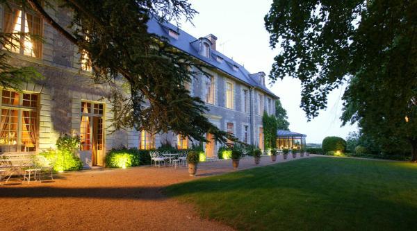 Hotel Pictures: Château De Noirieux, Briollay