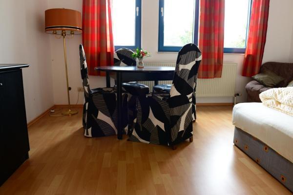 Hotel Pictures: Monteur und Messewohnung, Rodgau
