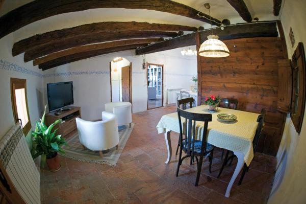Hotel Pictures: Casa Rural FuenteVieja, La Mata de los Olmos