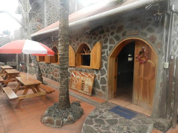 Hotel Pictures: Penguin Guest House, Puerto Ayora