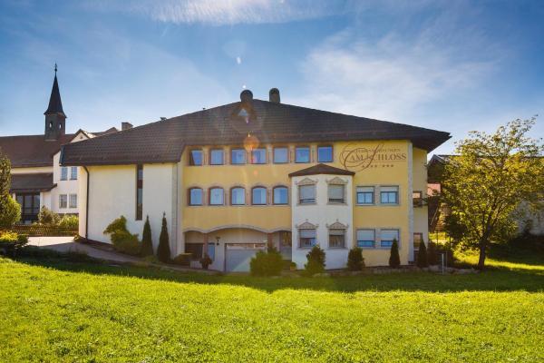 Hotel Pictures: Ferienwohnungen am Schloss, Ruhpolding