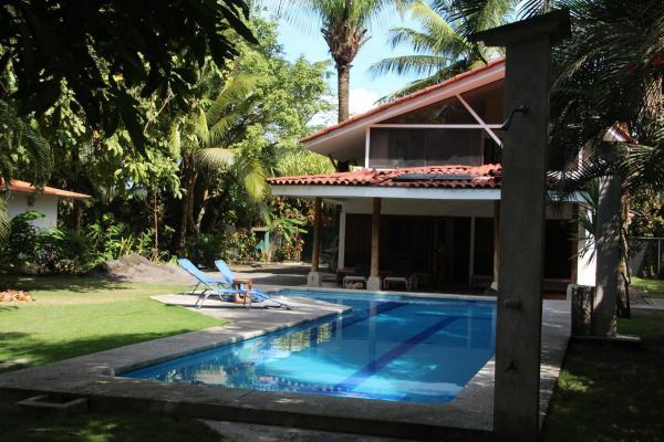 Hotel Pictures: Nature House, Esterillos Este