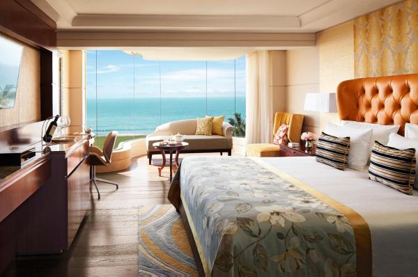 Grand Luxury One-Bed Room Suite