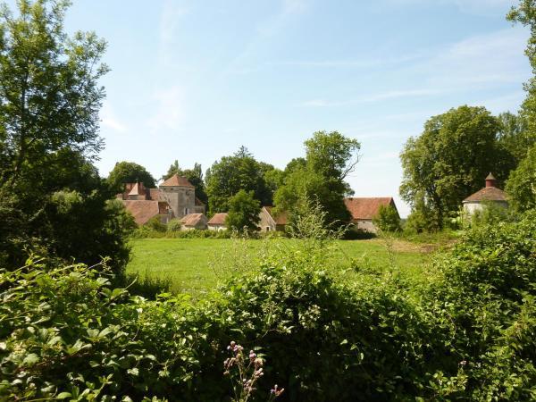 Hotel Pictures: Chateau de Vesset, Tréteau