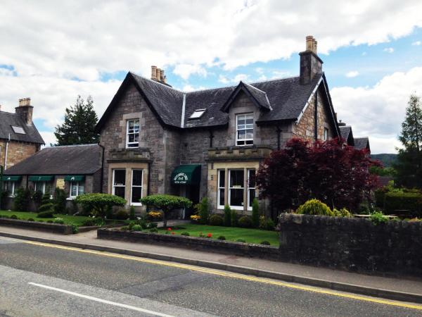 Hotel Pictures: Buttonboss Lodge, Pitlochry