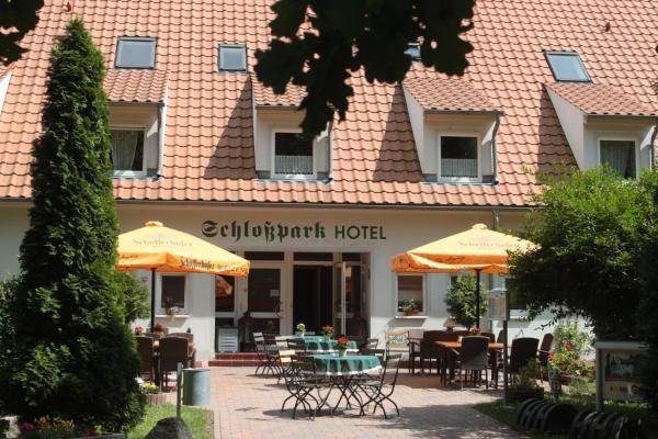 Hotel Pictures: Schlossparkhotel Sallgast, Sallgast