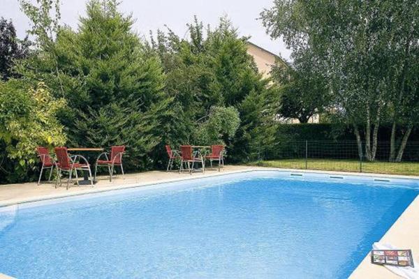 Hotel Pictures: Logis Les Provinciales, Arpajon-sur-Cère