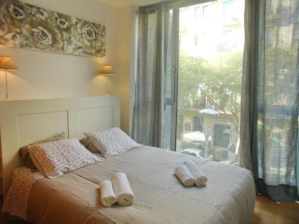 Three-Bedroom Apartment - Còrsega 524