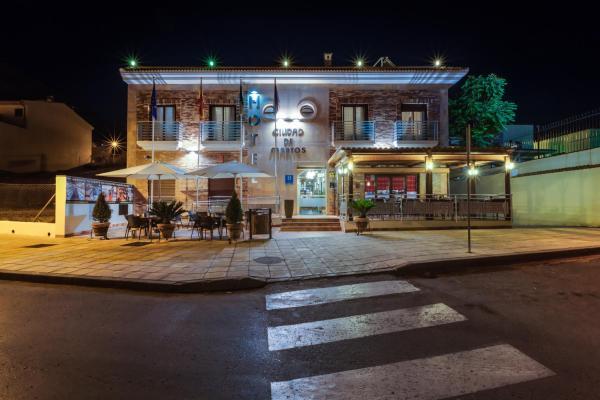 Hotel Pictures: , Martos