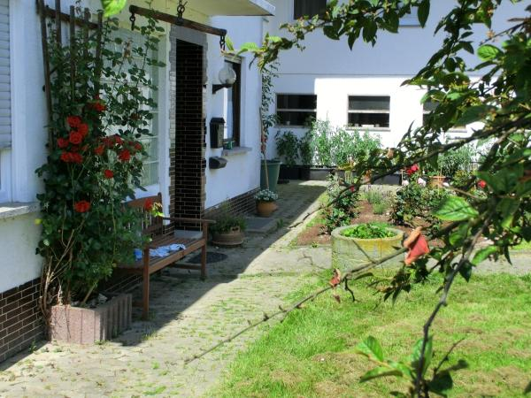 Hotel Pictures: Lindenhof Hahn, Blankenrath