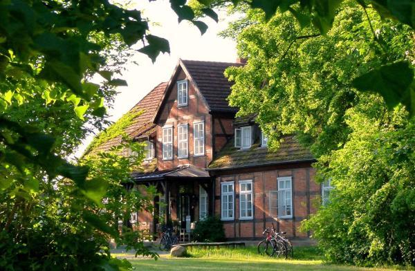Hotel Pictures: Gutshof Woldzegarten, Woldzegarten